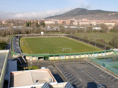 Belarrezko futbol-zelaia